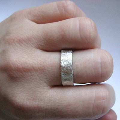 rustic-wedding-ring