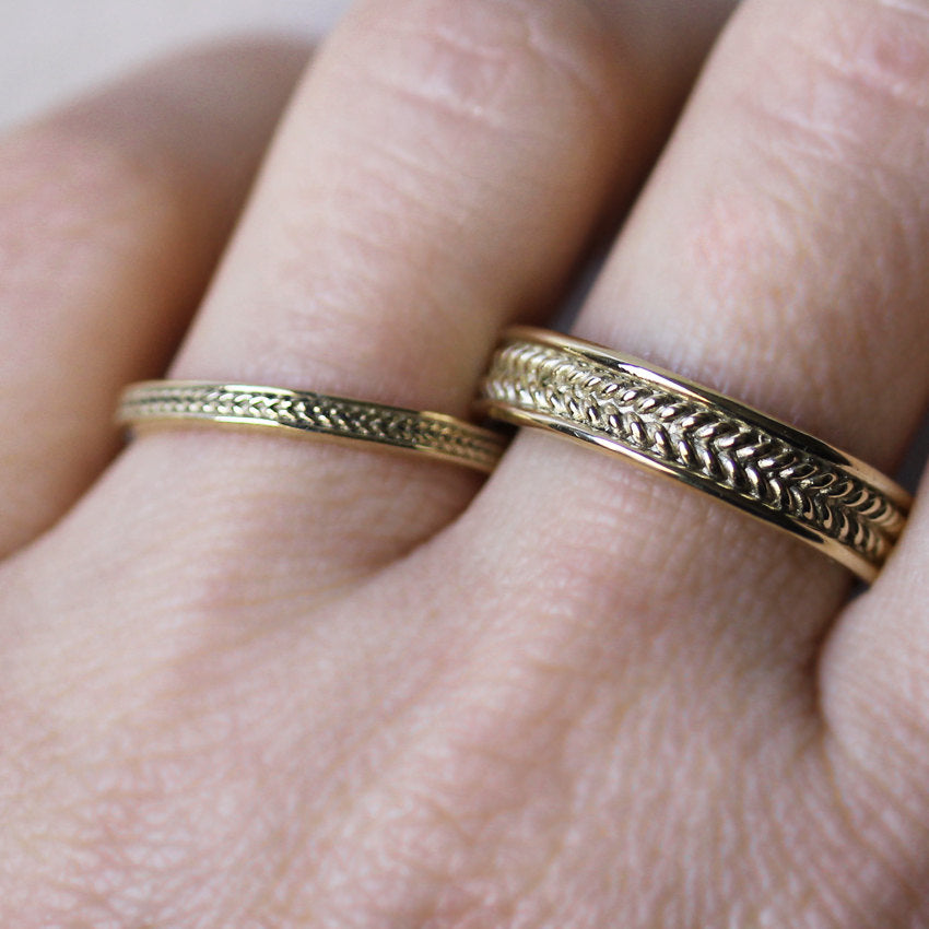 gold-wheat-wedding-band