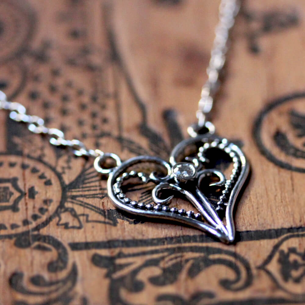 lace heart necklace 2