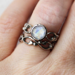 moonstone-engagement-ring-set-3
