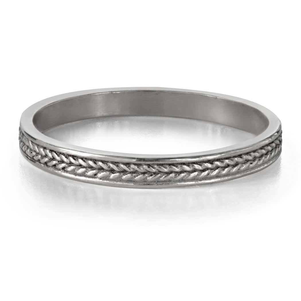 thin-white-gold-braided-wedding-band
