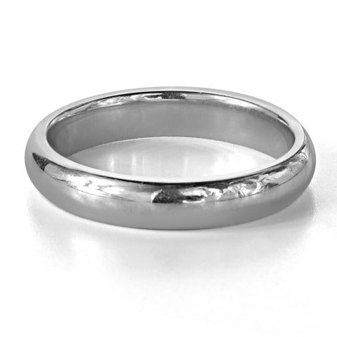 simple-platinum-wedding-ring