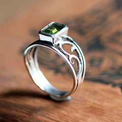 handmade-ethical-Peridot-Sterling-Silver-Vine-Ring-03