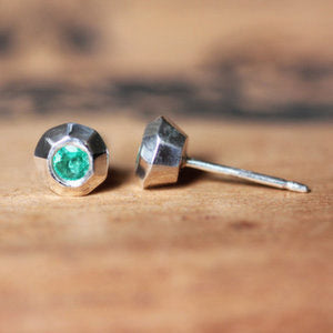 handmade-ethical-Tiny-Emerald-Stud-Earrings-02