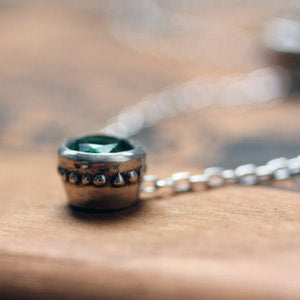 handmade-ethical-Emerald-Bezel-Necklace-02