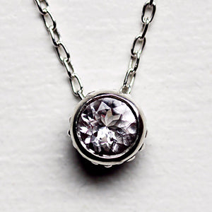 Wrought-Morganite-Bezel-Necklace-02