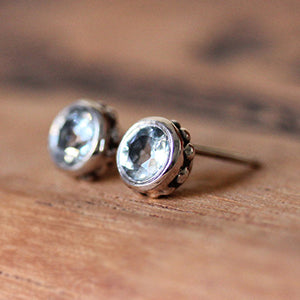 Handmade-ethical-Sterling-Silver-Aquamarine-Stud Earring-03