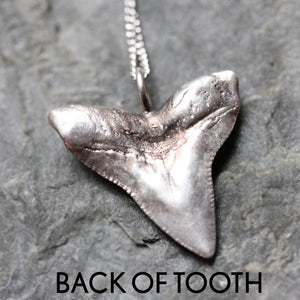 handmade-ethical-Maneater-Bull-Shark-Necklace-02