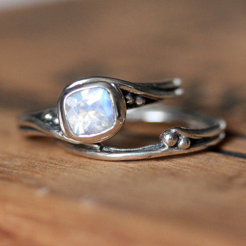 handmade-ethical-Rustic-Pirouette-bridal-set-in-rainbow-moonstone-02
