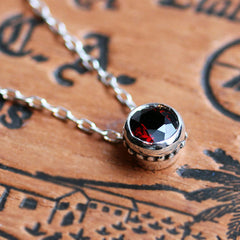 Red-Garnet-Wrought-Bezel-Necklace