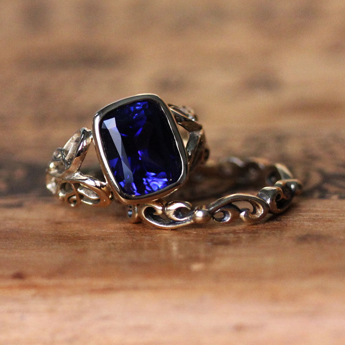 Large Cushion Sapphire Ring Gold Set- Brontë