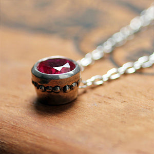 Wrought-Silver-Bezel-Necklace-with-Imitation-Ruby-03