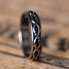 white-gold-oxidized-mens-ring-2