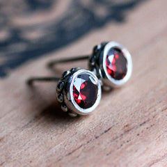 Handmade-Ethical-Red-Garnet-Bezel-Stud-Earrings-03