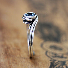 handmade-ethical-Oxidized-Sterling-Silver-London-Blue-Topaz-Pirouette-Ring-02