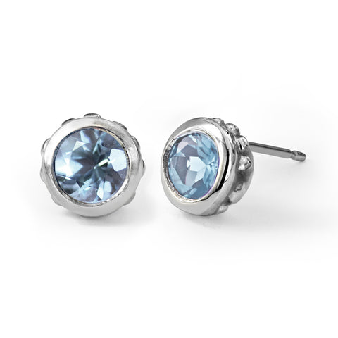 aquamarine-stud-earrings-silver