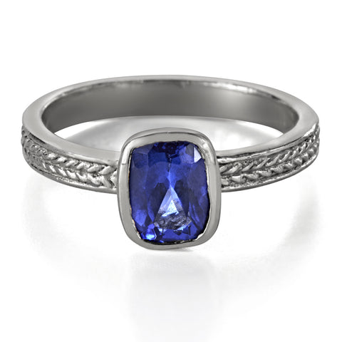 tanzanite-engagement-ring-white-gold
