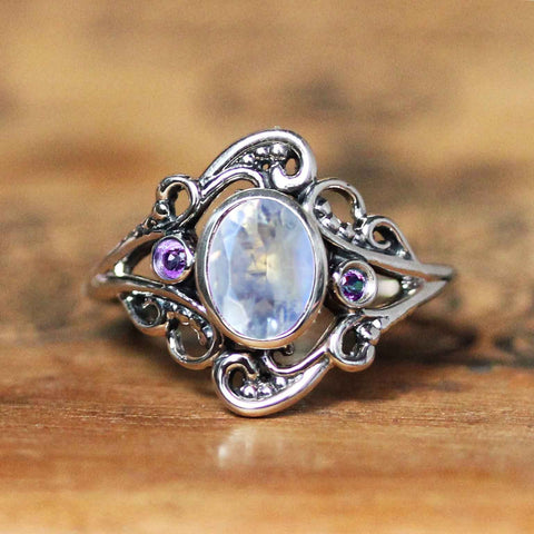 Moonstone Lilac Ring, Silver