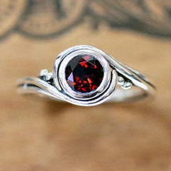 Round Garnet Ring Sterling Silver, Pirouette