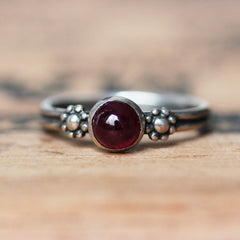 Ruby daisy ring, sterling silver, size 6.5