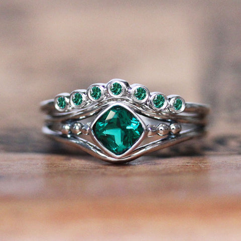 Sterling Silver Emerald Satellite Ring Set