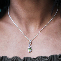 Small Gemstone Pendulum Necklace