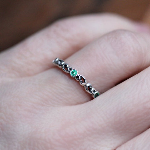 Emerald Water Swirl Eternity Band