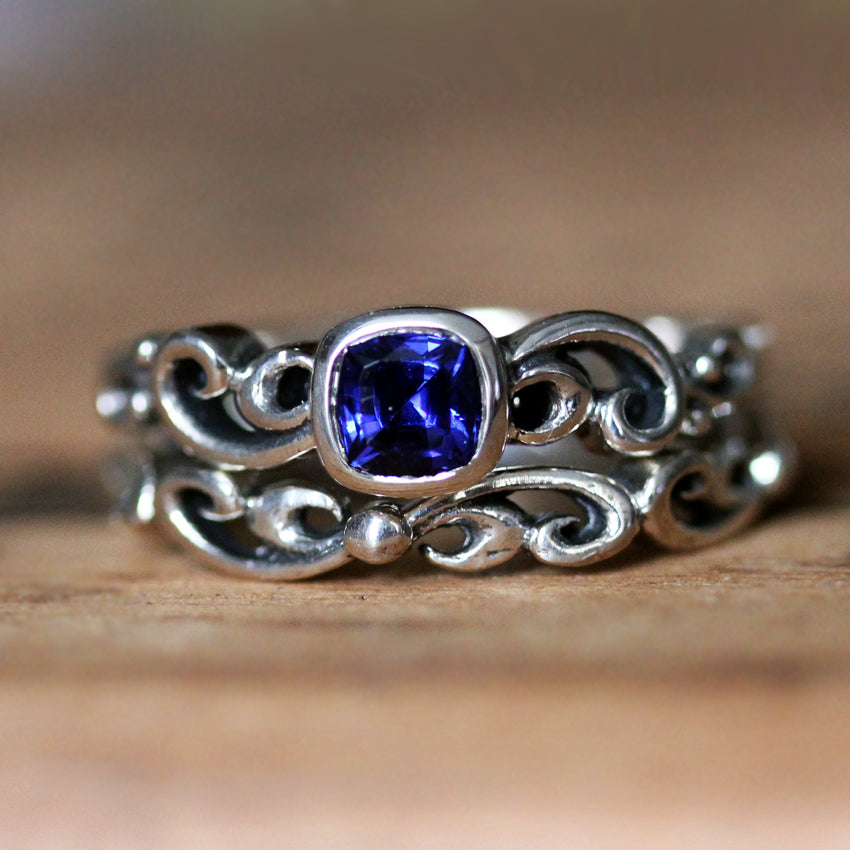 Close view of our sterling silver with sapphire Water Dream bridal set from Metalicious
