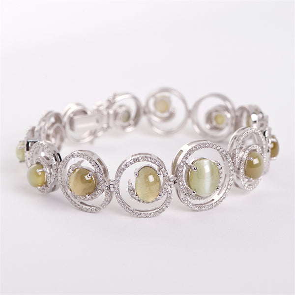The Olga - 18K Cat Eye Alexandrite And Diamond Bracelet