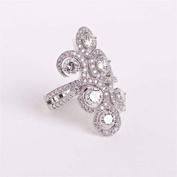 The Francesca - 18K Swirl Designed Diamond Ring