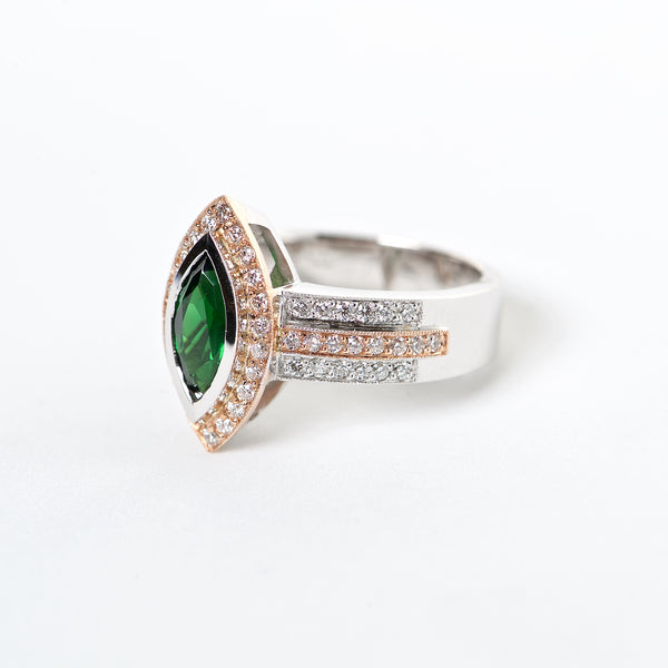 The Florence - AAA 18K Tsavorite and Diamond rinf\g