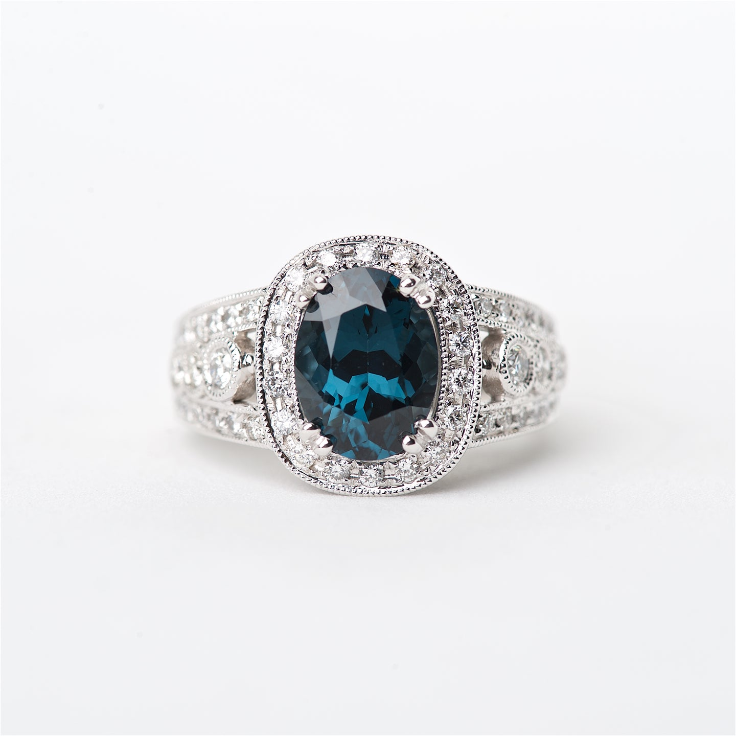 The Rima - 18K Blue Spinel and Diamond ring