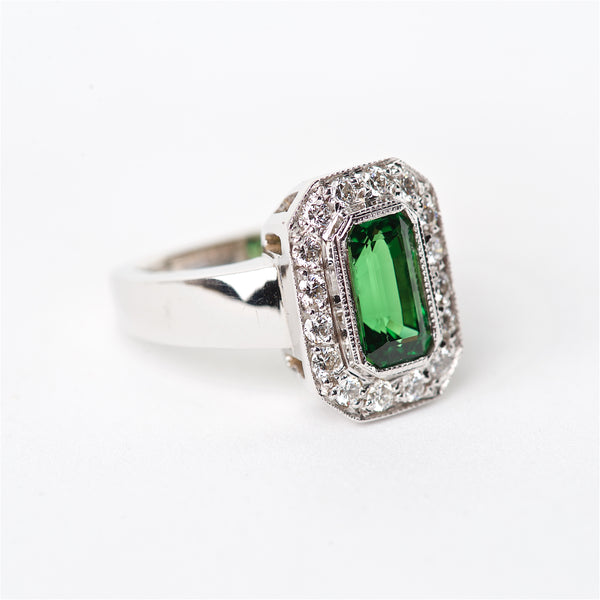 The Clover - 18K AAA Tsavorite and Diamond Ring