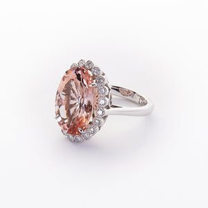 The Margo - 18K White Gold Morganite and Diamond Ring