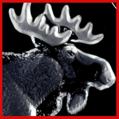 Gifts Actually - Mats Jonasson Crystal Moose Bull (33566). Close-up
