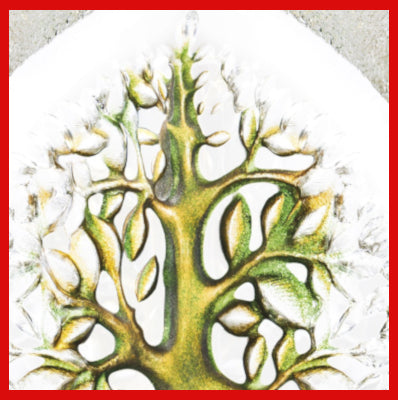 Gifts Actually - Mats Jonasson Crystal - Tree of Life Green - (Yggdrasil) (34040) - Close up