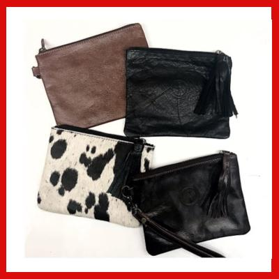 Gifts Actually - Indepal- Asher Pouch Mid - Collection