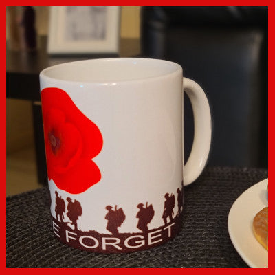 Gifts Actually - Mug - Lest we Forget - Poppy