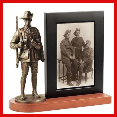 Gifts Actually - Naked Army AIF Figurine with Photo Frame