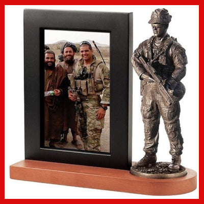 Gifts Actually - Naked Army RAR Figurine with Photo Frame