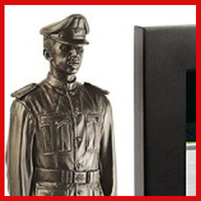 Gifts Actually - Naked Army RMC Figurine with Photo Frame