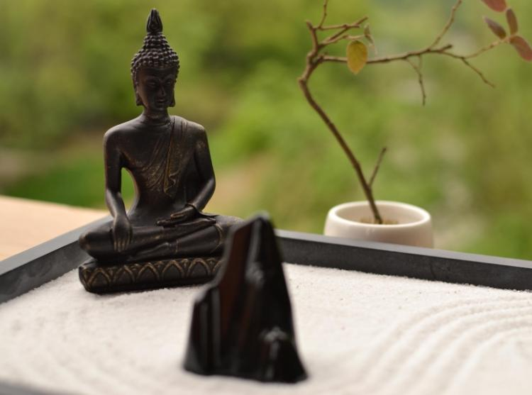 Relax and meditate with this Traditional Chinese Yoga Zen Garden - Ebony Buddha