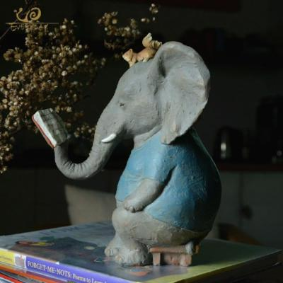 Gifts Actually - Elephant figurine - Garden or home (Squirrels)