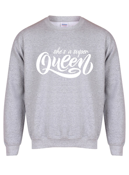 sweater-shesasuperqueen-grey-white.jpg