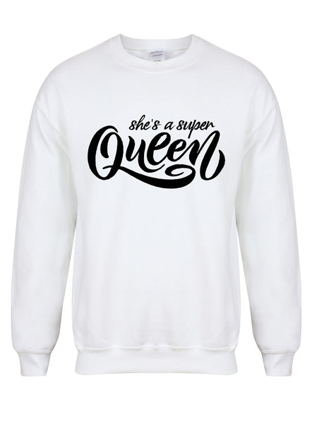 sweater-shesasuperqueen-white-black.jpg
