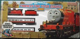 Hornby 00The World Of Thomas The Tank Engine James Passenger Train Set R757 Rare