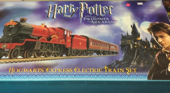 Hornby HO Harry Potter and the Prisoner of Azkaban Train Set