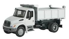 SceneMaster International 4300 Single Axle Dump Truck