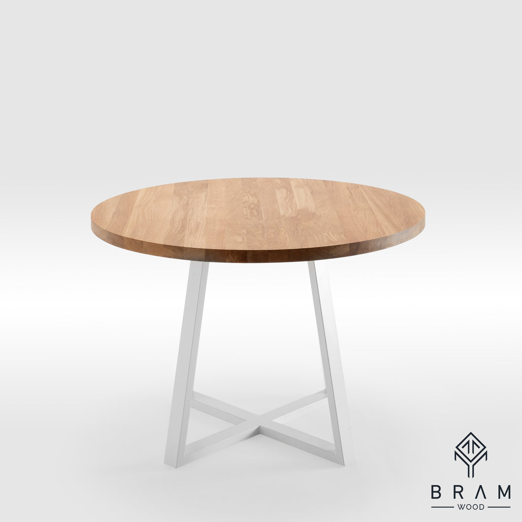 Round Dining Table With Square Pyramid Legs