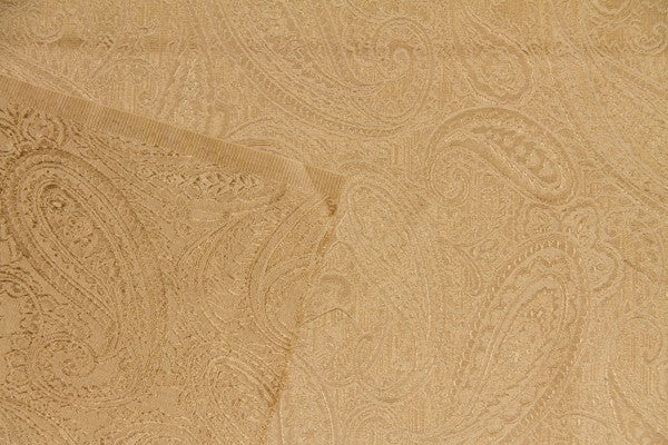 Discount Fabric JACQUARD Creme on Gold Paisley Drapery